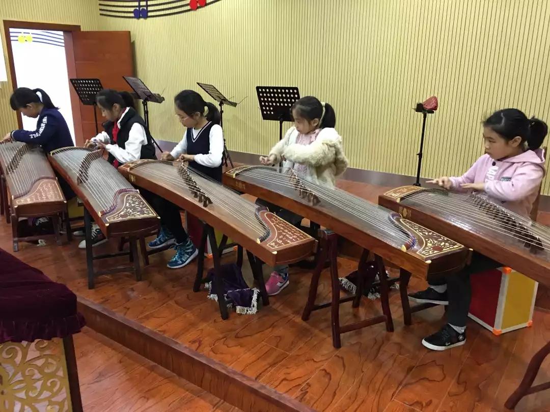 学习乐器试错成本高,探寻孩子究竟适合学习哪种
