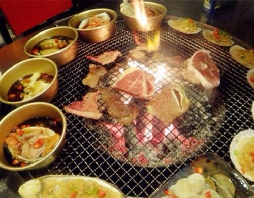 【宴遇铁桶海鲜烧烤|下沙宴遇铁桶海鲜烧烤】